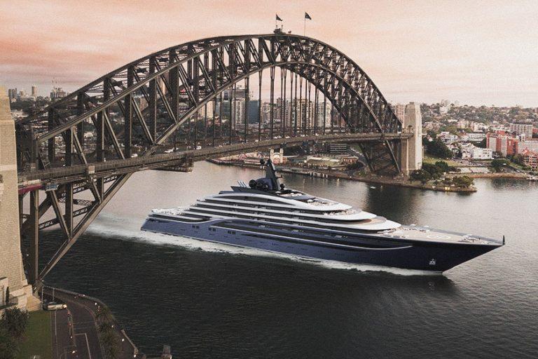 worlds'-largest-superyacht